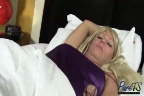 مقاطع فيديو سكس مجانية حمار يغتصب قحبة