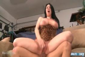 Pornfidelity مفلس جبهة مورو marica razz تمارس الجنس الشرجي مع زب كبير.